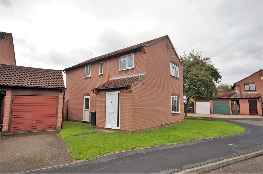 4 Bedrooms Detached House for sale in Hale Close, Lincoln