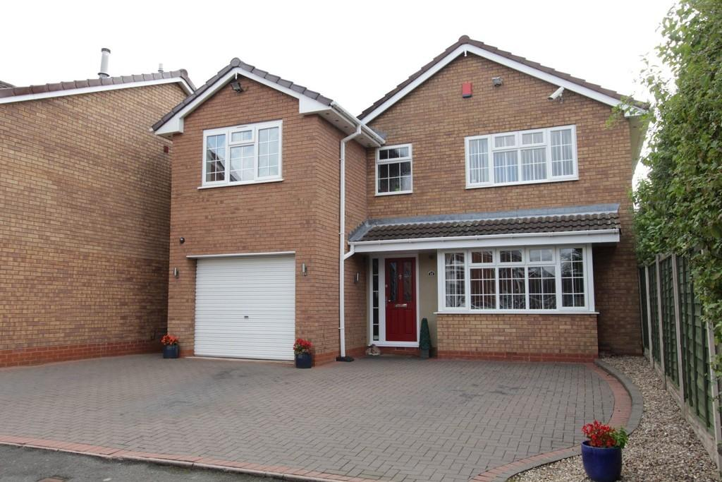 5 Bedrooms Detached House for sale in Dorset Close, Fazeley