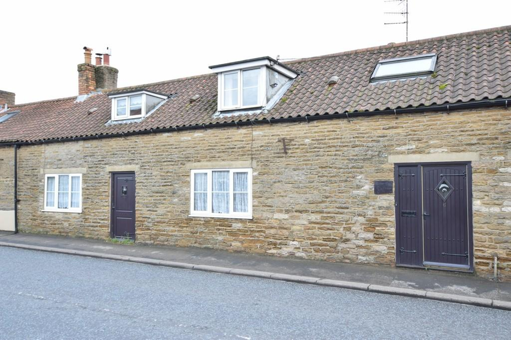 5 Bedrooms Cottage House for sale in Main Street, East Ayton