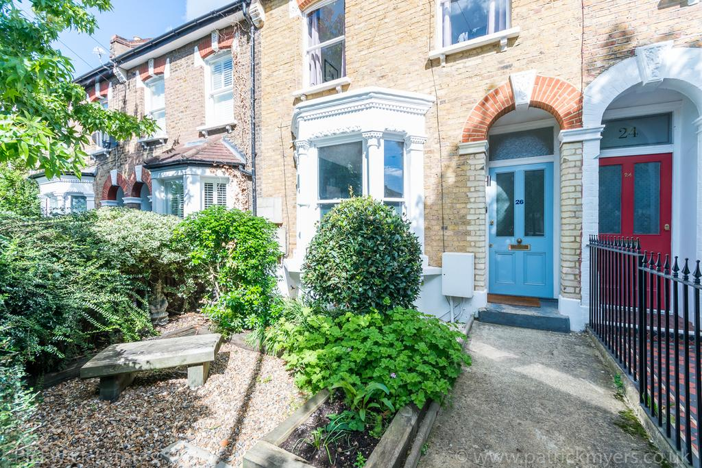 2 Bedrooms Flat for sale in Crawthew Grove London