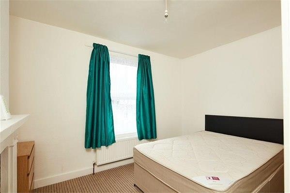 2 Bedrooms House for sale in Rucklidge Avenue
