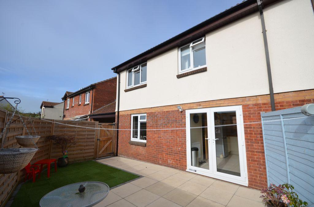 2 Bedrooms House for sale in Elm Court, Starcross, EX6
