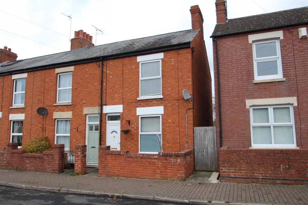 3 Bedrooms Terraced House for sale in Augustus Road, Stony Stratford, Milton Keynes