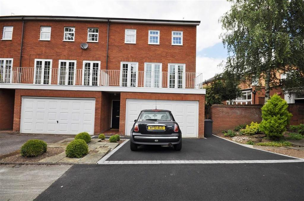 4 Bedrooms Town House for sale in Wootton Court, Lillington Avenue, Leamington Spa