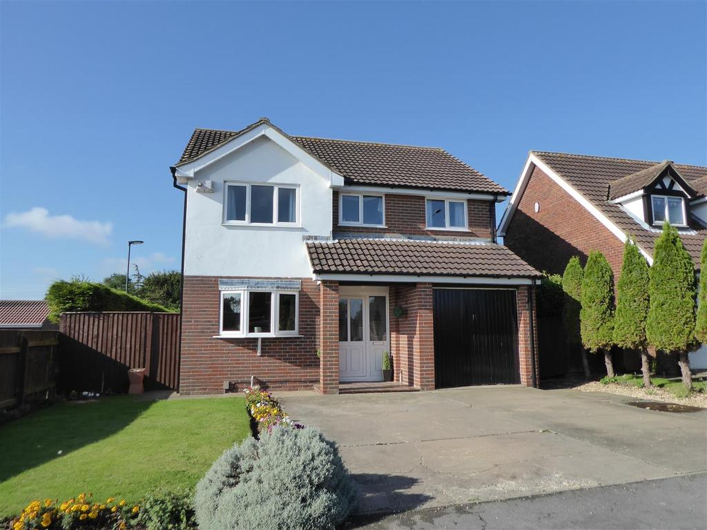 4 Bedrooms Detached House for sale in Belvoir Road, Cleethorpes