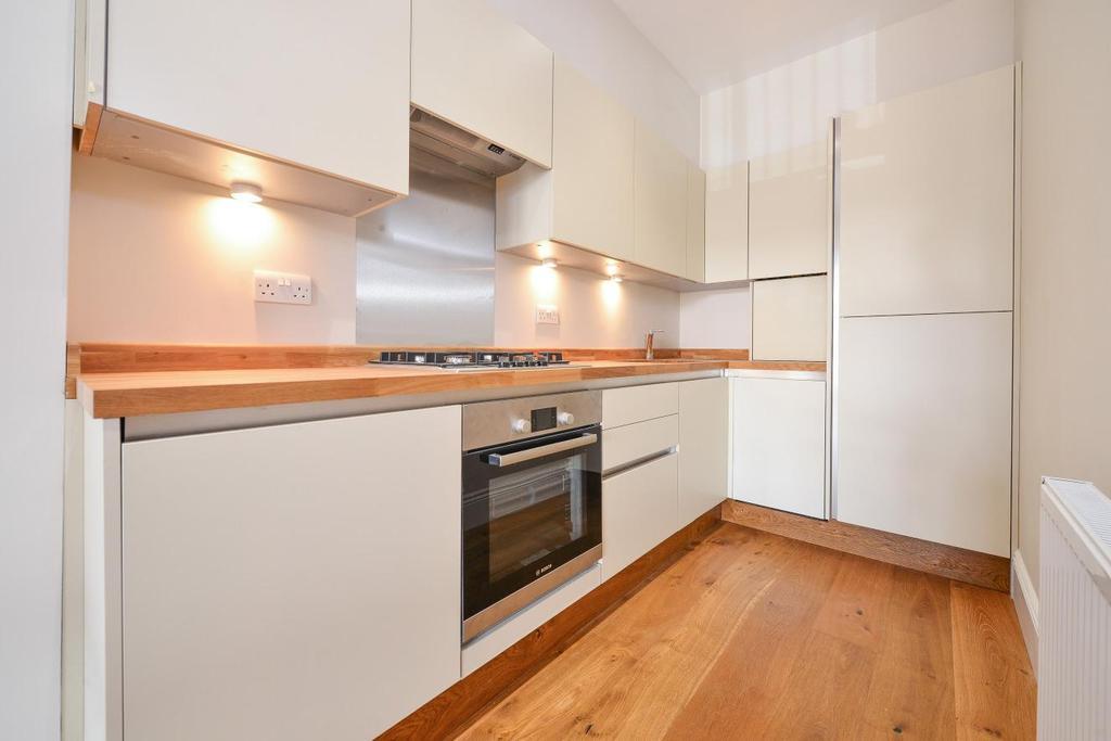 1 Bedroom Flat for sale in Batemans Yard, Tooting High Street, Tooting