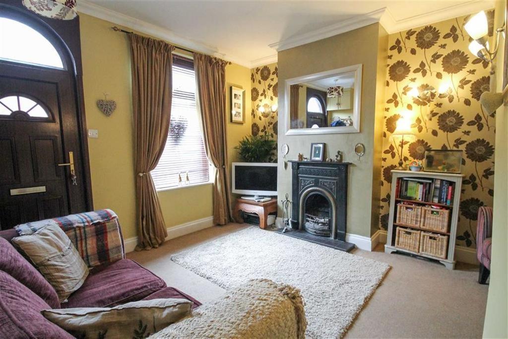 2 Bedrooms Terraced House for sale in Regent Street, Moulton