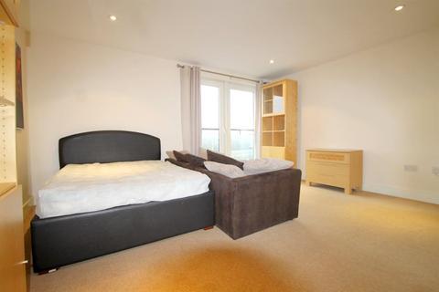 Studio to rent - Prospect Place, Cardiff Bay (STUDIO)