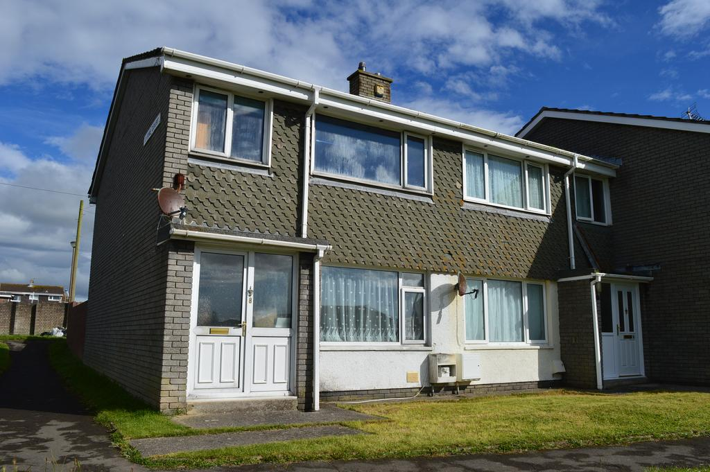 3 Bedrooms End Of Terrace House for sale in Carne Court, Llantwit Major CF61