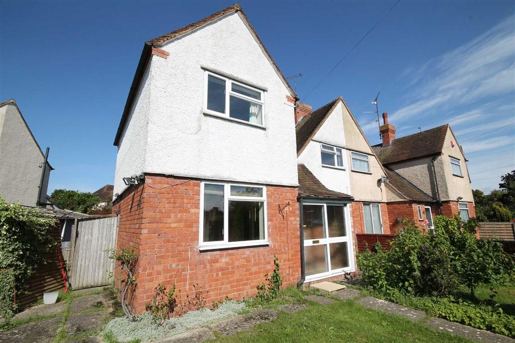 3 Bedrooms Semi Detached House for sale in Kipling Road, St Marks, Cheltenham, GL51