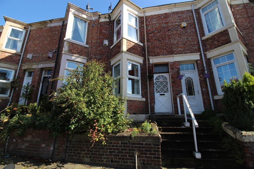 2 Bedrooms Terraced House for sale in Ferndene Road, Gateshead