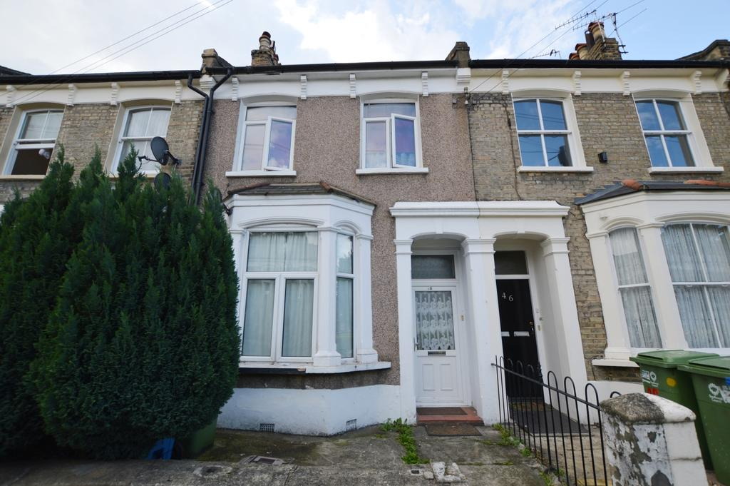 4 Bedrooms Terraced House for sale in Nutcroft Road Peckham SE15