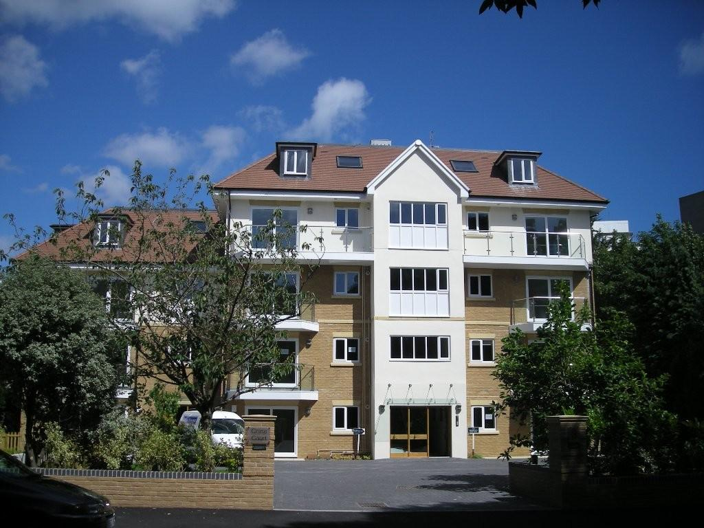 2 Bedrooms Apartment Flat for rent in Bournemouth