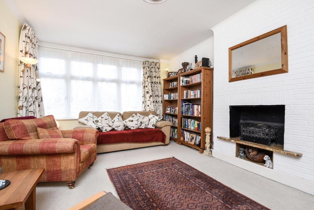 4 Bedrooms Semi Detached House for sale in Wharncliffe Gardens South Norwood SE25