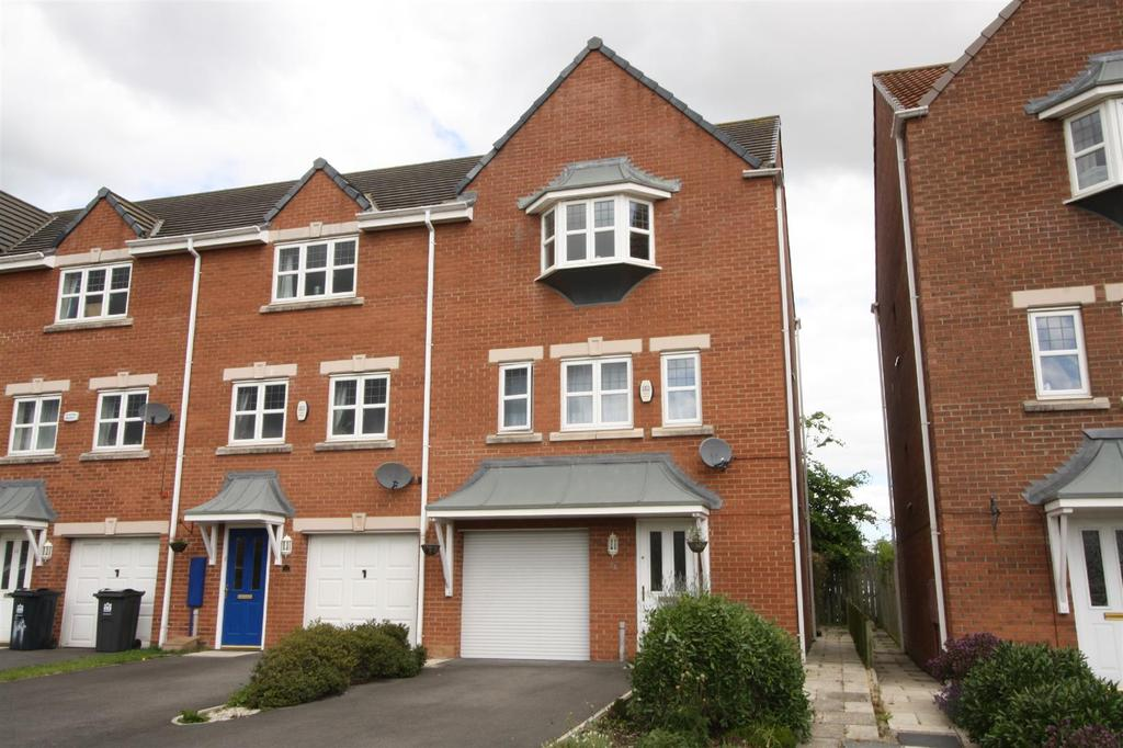 3 Bedrooms Town House for rent in Tebay Close, Darlington