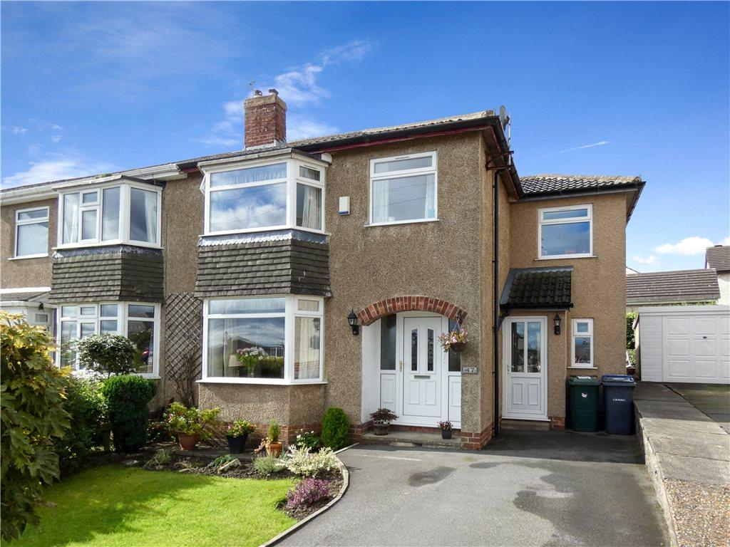 4 Bedrooms Semi Detached House for sale in Heaton Drive, Baildon, West Yorkshire