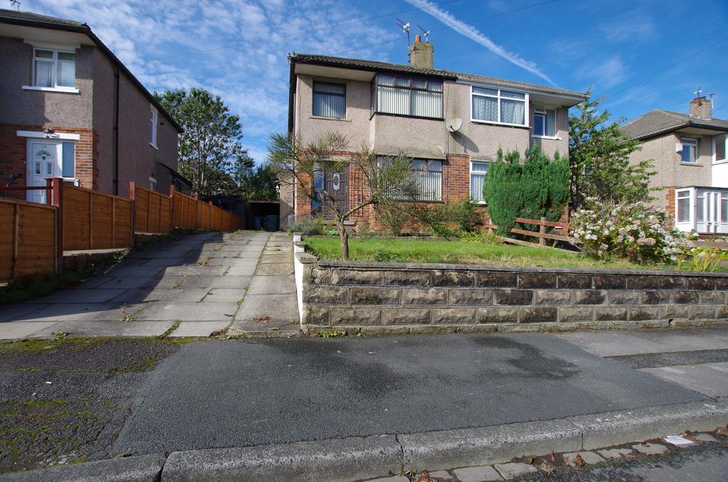 3 Bedrooms Semi Detached House for sale in BRANTWOOD CLOSE, BRADFORD, BD9 6QH