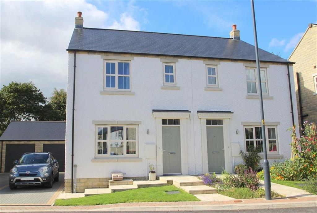 3 Bedrooms Semi Detached House for sale in Bishopdale Close, Leyburn, North Yorkshire