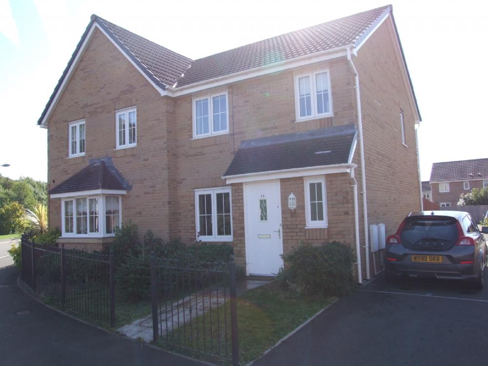 3 Bedrooms Semi Detached House for sale in 77 Abbots Moor, Port Talbot