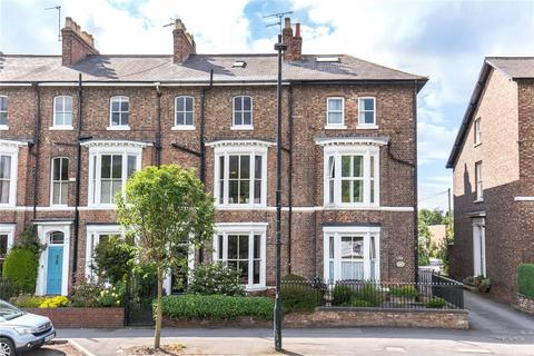 4 bedroom terraced house for sale - Mount Vale, York, YO24