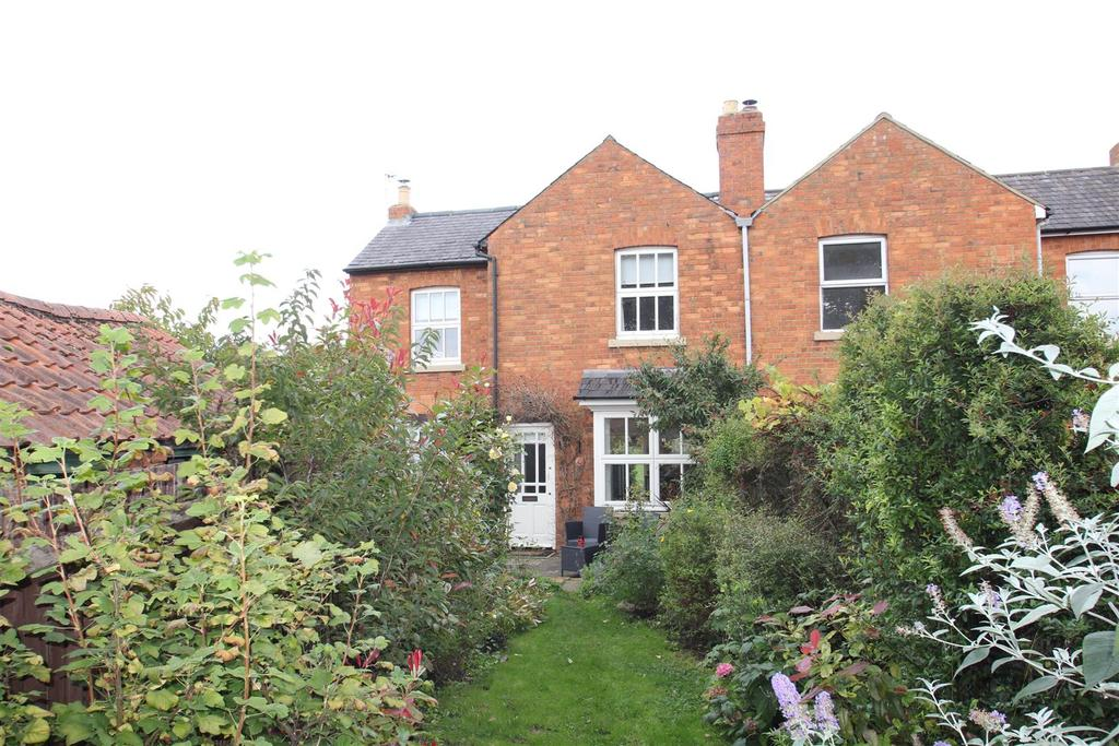 2 Bedrooms House for sale in Hazel Row, Hanslope, Milton Keynes