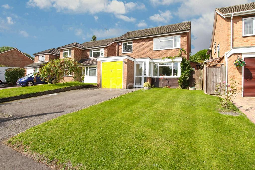 4 Bedrooms Detached House for sale in Dellmeadow, Abbots Langley
