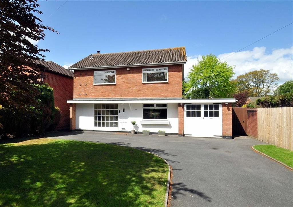 3 Bedrooms Detached House for sale in 46, Suckling Green Lane, Codsall, Wolverhampton, South Staffordshire, WV8