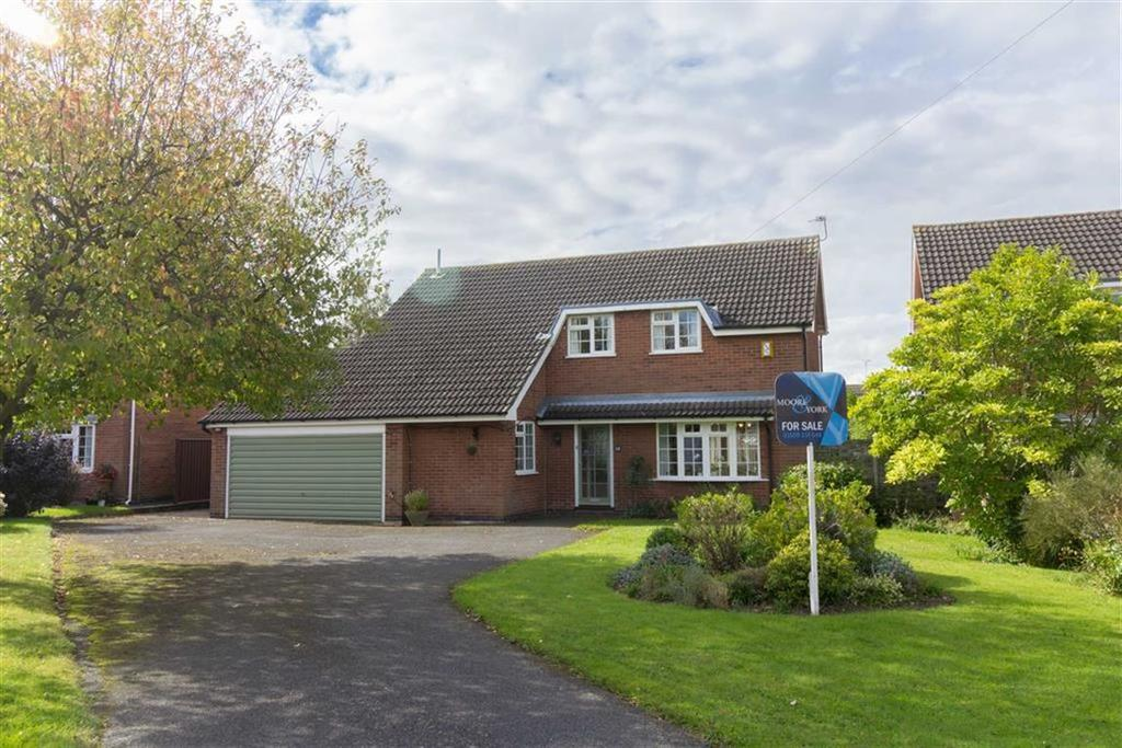 4 Bedrooms Detached House for sale in Cottesmore Drive, Loughborough, LE11