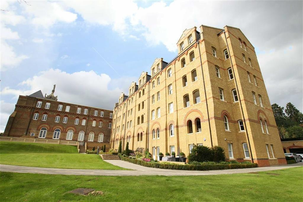 3 Bedrooms Flat for sale in Holborn Close, Mill Hill, London