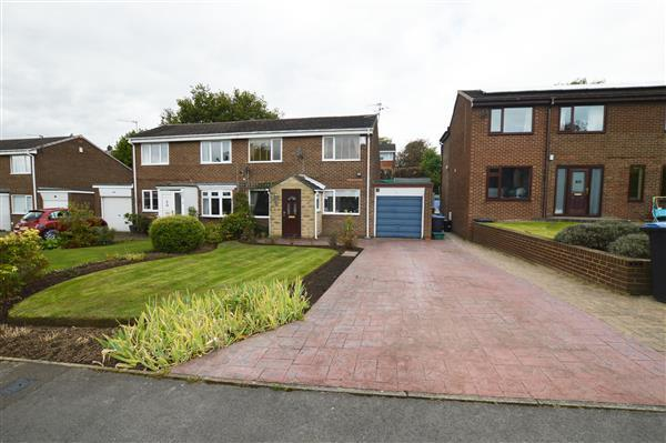 3 Bedrooms Semi Detached House for sale in Feathestone Road, Newton Hall