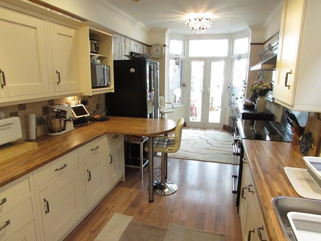 4 Bedrooms House for sale in Pitcroft Road, North End, PO2