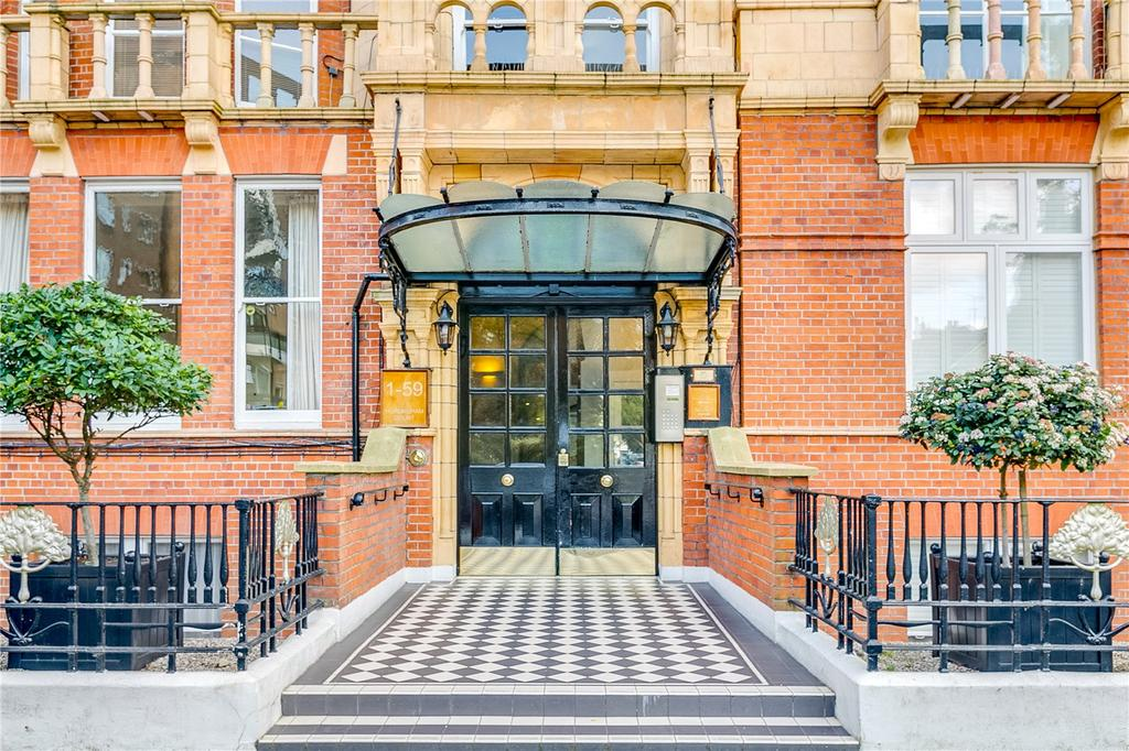 2 Bedrooms Flat for sale in Hurlingham Court, Ranelagh Gardens, Fulham, London