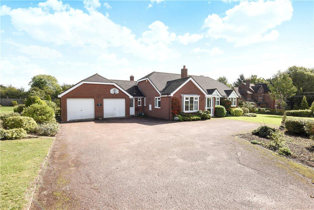 3 Bedrooms Detached Bungalow for sale in Chequers Hill, Wilden, Bedfordshire