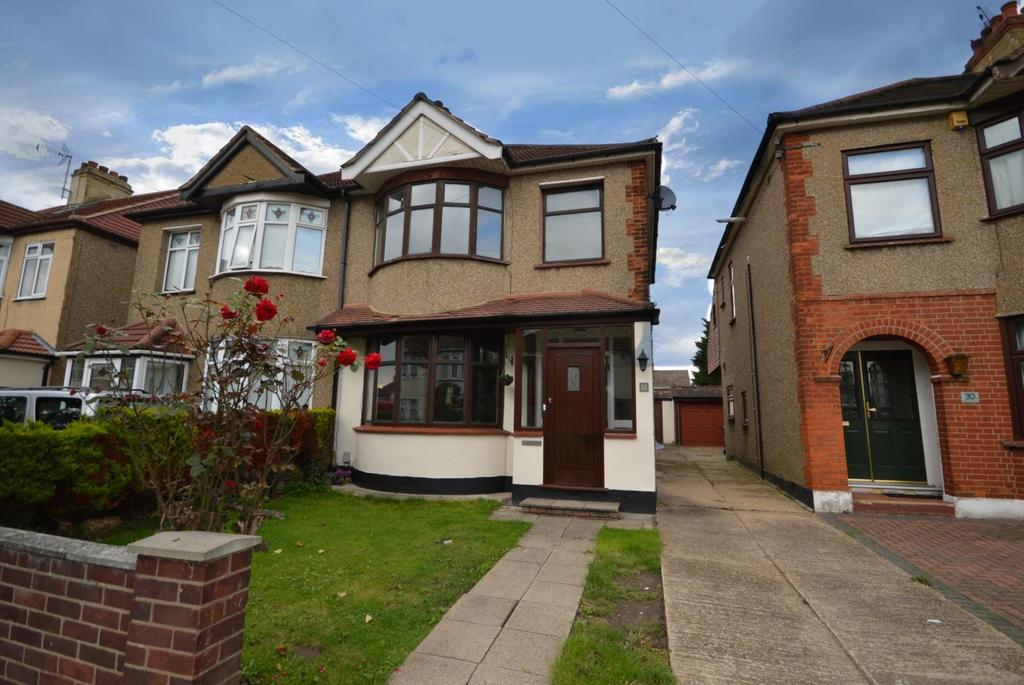 3 Bedrooms Semi Detached House for sale in Winifred Avenue, Hornchurch, Essex, RM12