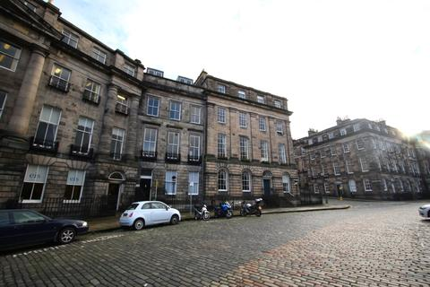 4 bedroom flat to rent - Moray Place, New Town, Edinburgh, EH3 6BQ