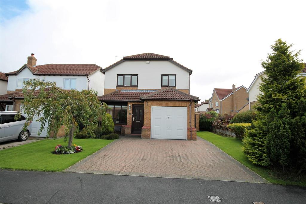3 Bedrooms House for sale in St. Bedes Avenue, Fishburn, Stockton-On-Tees