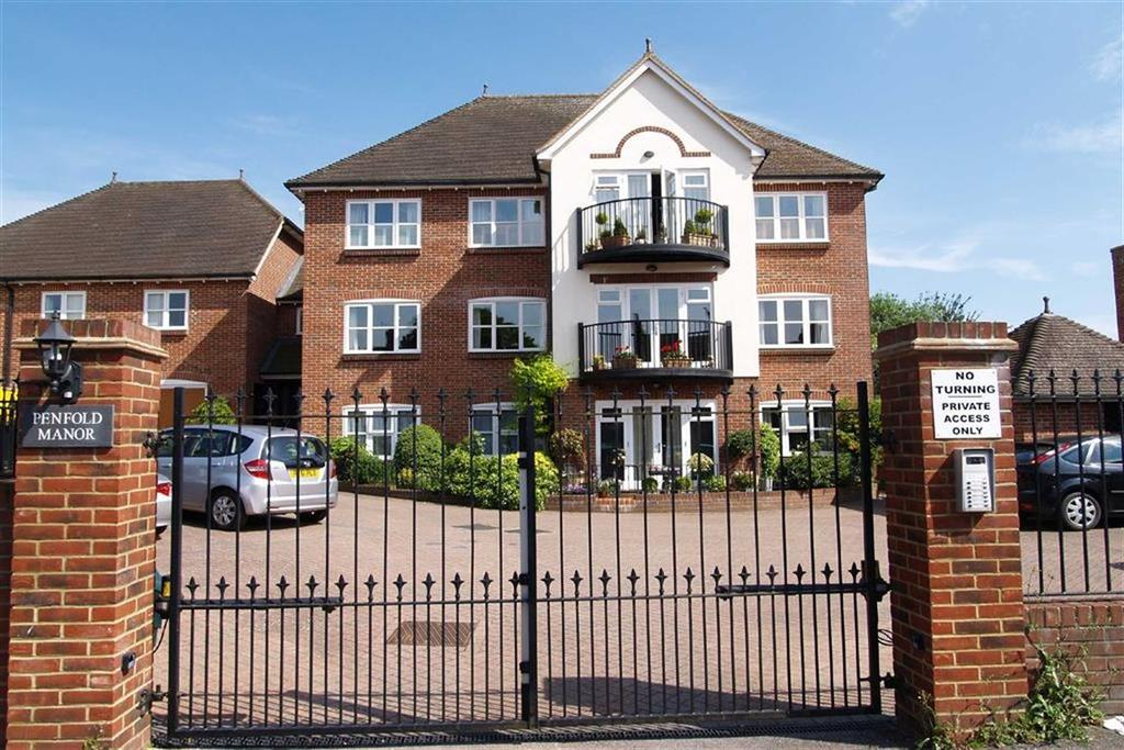 2 Bedrooms Flat for sale in High Street, Haslemere, Surrey, GU27