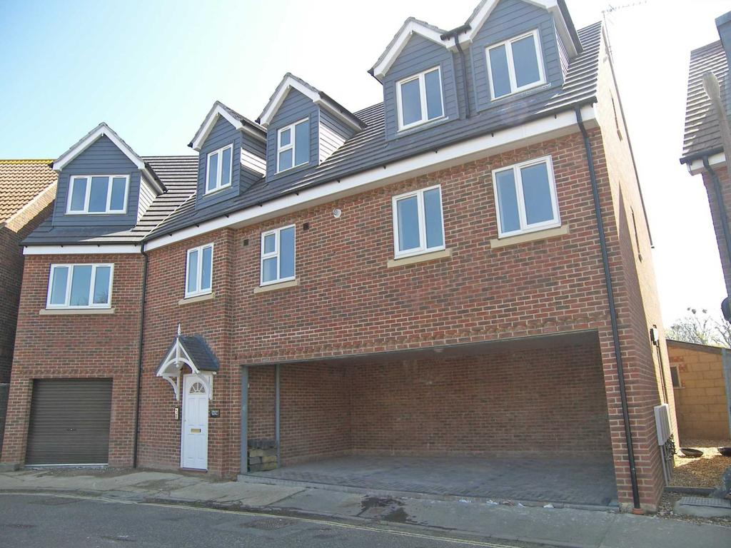 2 Bedrooms Flat for sale in Inwood House, Lewis Road, Selsey, PO20