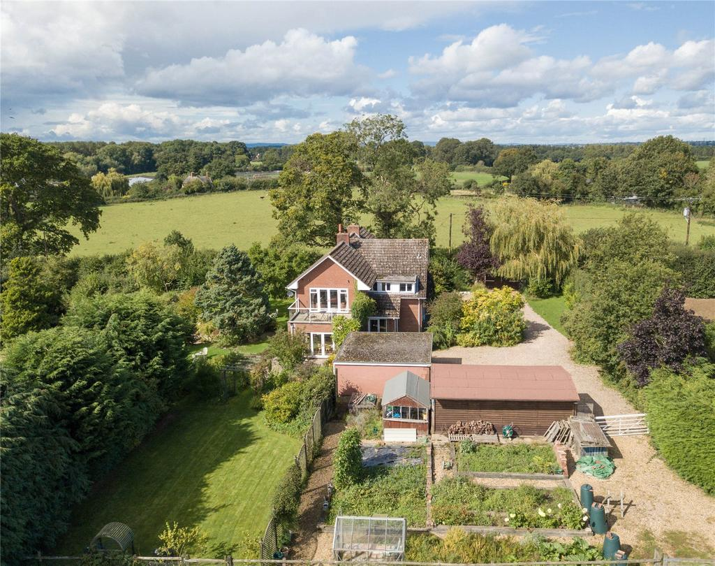 4 Bedrooms Detached House for sale in Walford Heath, Shrewsbury, Shropshire, SY4