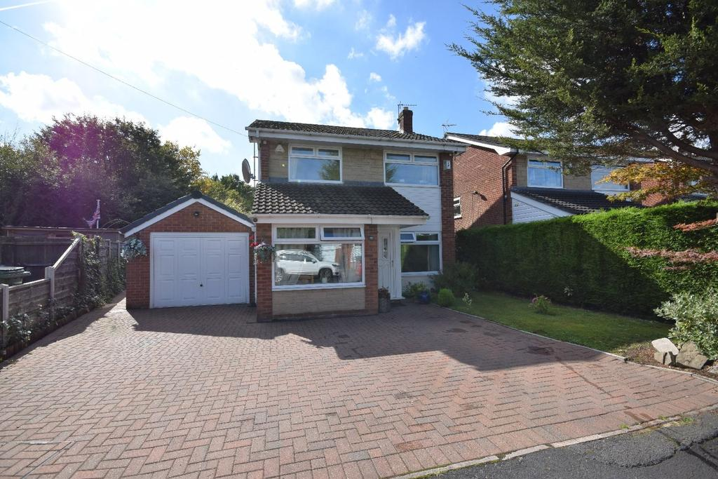 4 Bedrooms Detached House for sale in Heron Drive, Poynton