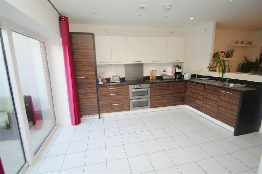 4 Bedrooms Terraced House for sale in Kettle Street, COLCHESTER, Essex
