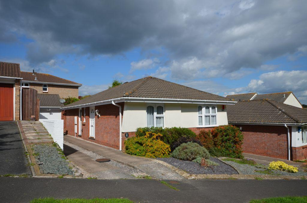 3 Bedrooms Bungalow for sale in Carhaix Way, Dawlish, EX7