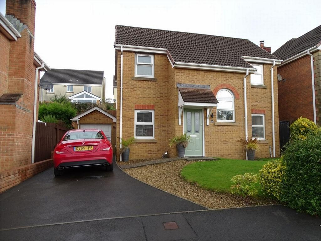 3 Bedrooms Detached House for sale in 26 Fronhaul, Llanelli, Carmarthenshire