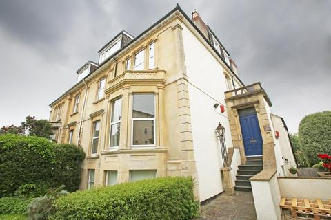 2 bedroom flat to rent - Redland Road, Redland, BS6