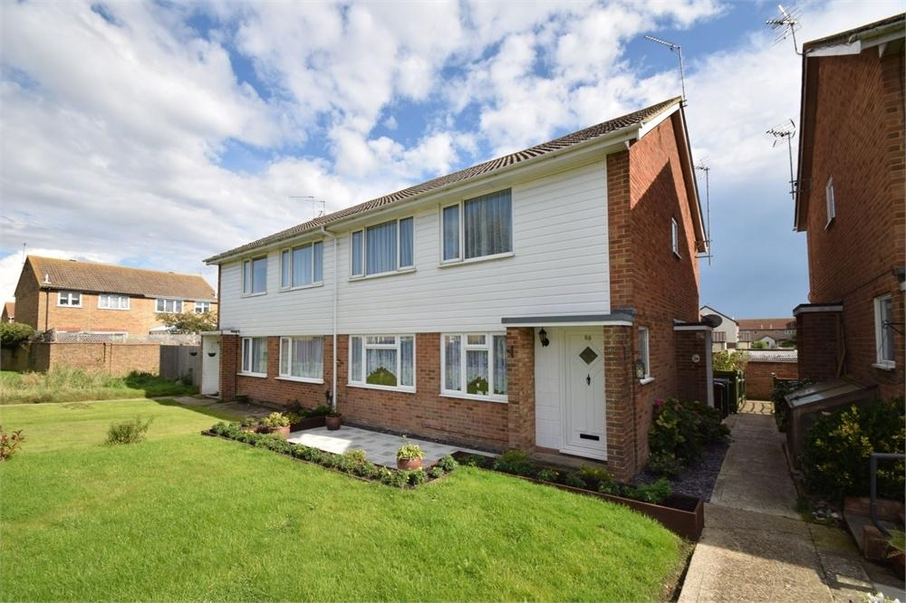 2 Bedrooms Maisonette Flat for sale in Shakespeare Walk, Langney, East Sussex