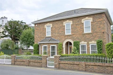 4 bedroom detached house for sale - Somerville Road, Westcliff, Bournemouth