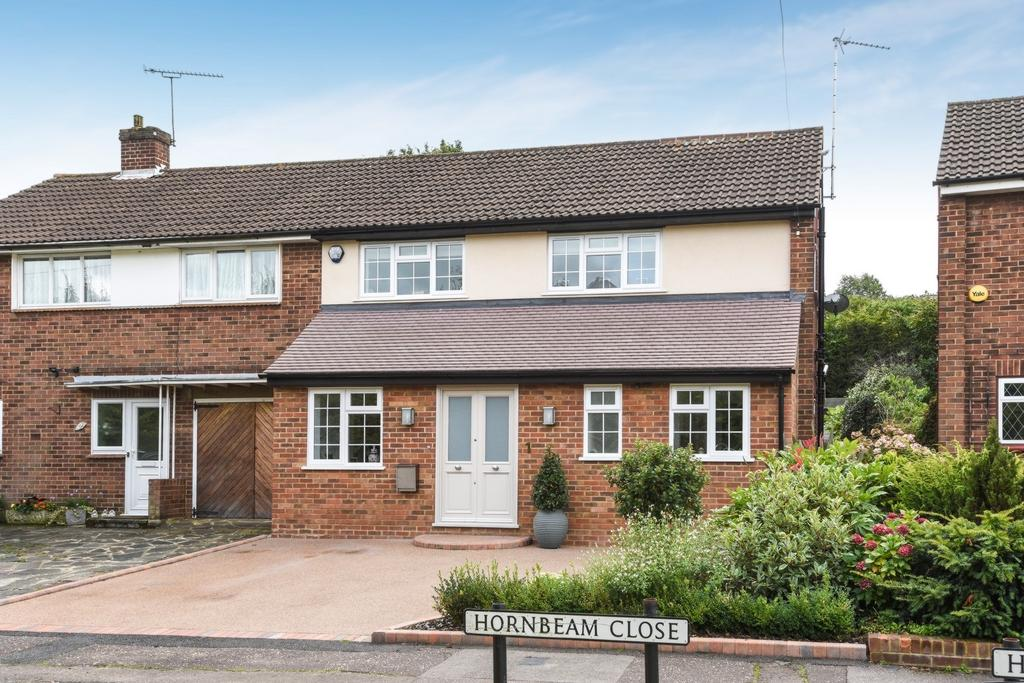 3 Bedrooms House for sale in Hornbeam Close, Theydon Bois, CM16
