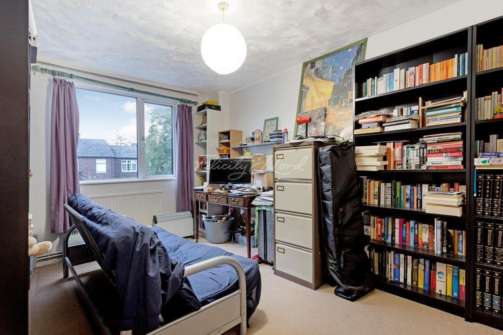 3 Bedrooms Flat for sale in Navenby Walk, E3