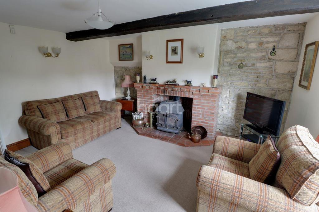 3 Bedrooms Semi Detached House for sale in London Road, Silk Willoughby