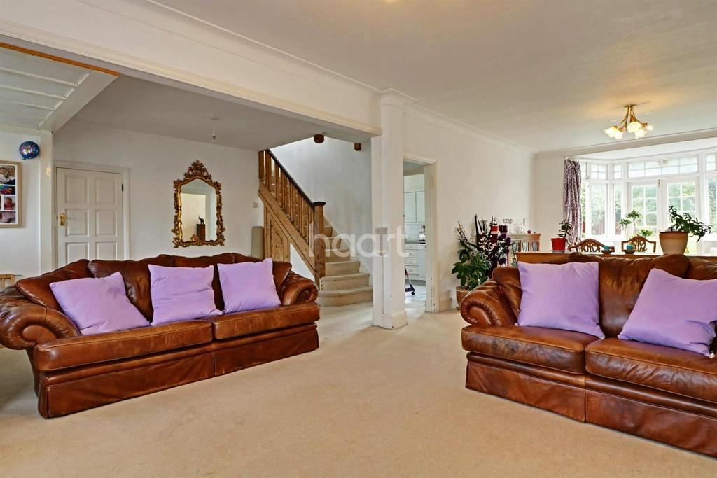 4 Bedrooms Detached House for sale in Barn Rise, Wembley Park